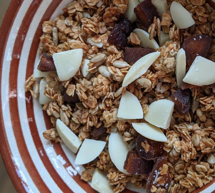 Granola chocolat blanc et abricots secs - sachet de 100g