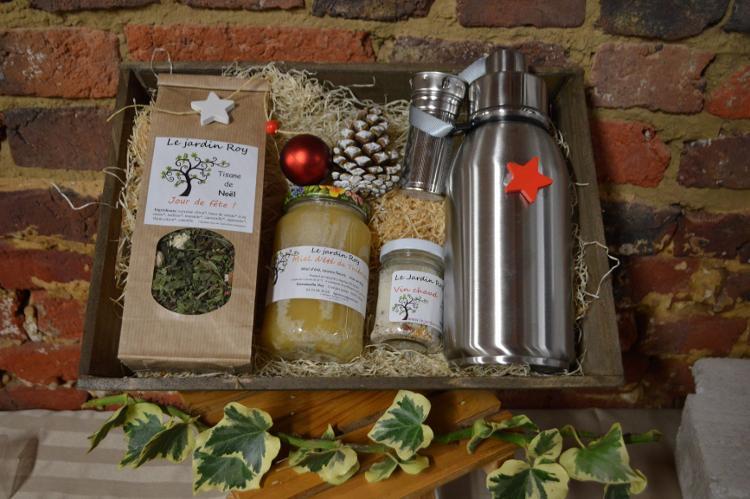 Coffret de Noël panier 1 tisane-gourde isotherme-vin chaud-miel