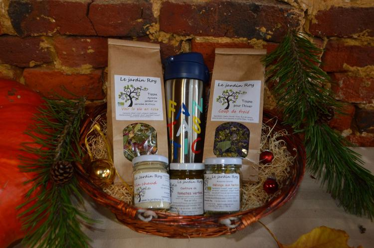 Coffret de Noël panier 2 tisanes-gourde isotherme-vin chaud-confiture-mélange aux herbes