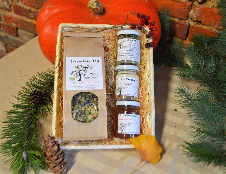 Coffret de Noël - 1 tisane et 3 petit pots (vin chaud-gelée-sel aux herbes) C