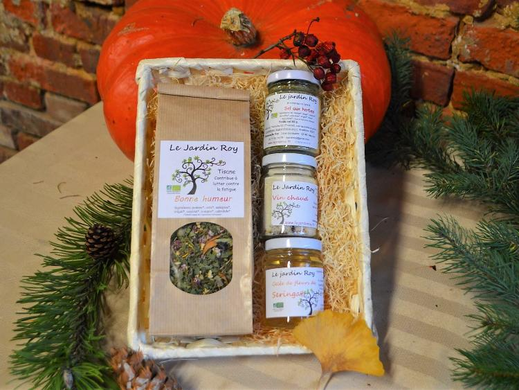 Coffret de Noël - 1 tisane et 3 petit pots (vin chaud-gelée-sel aux herbes) A