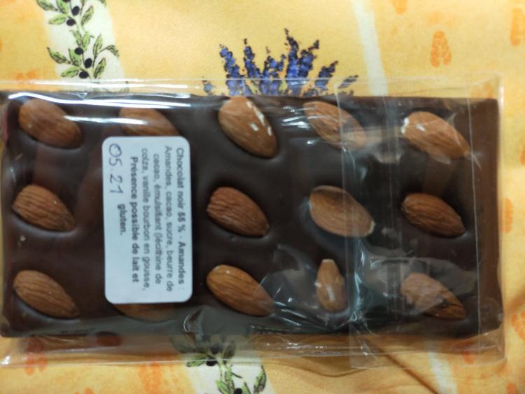 CHOCOLAT LAIT ET AMANDES 45% tablette - de CHALMAZEL