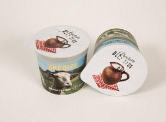2 yaourts natures au lait de brebis 1/2 écrémé