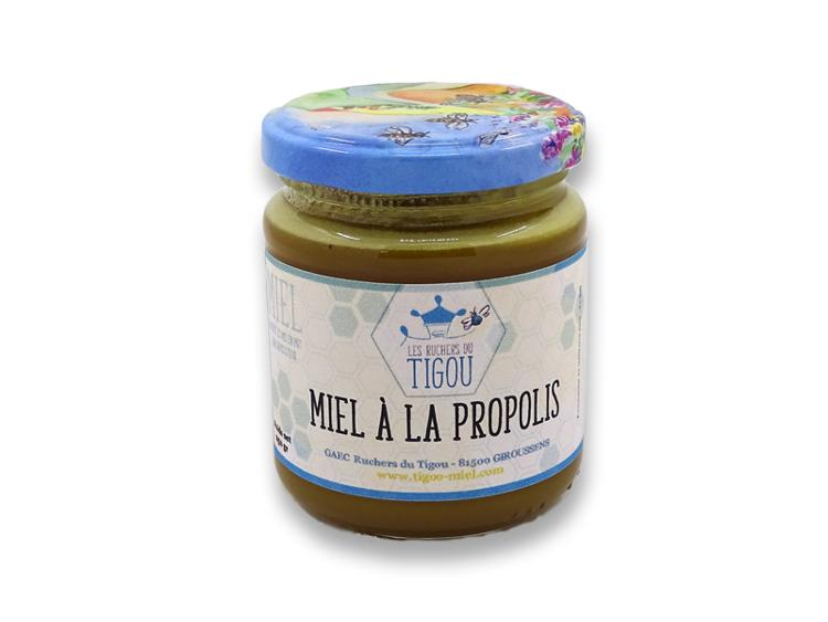 Préparation à base de miel et propolis