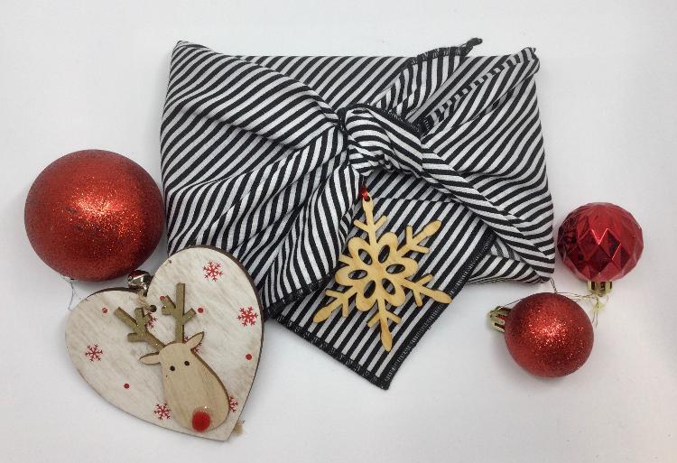Furoshiki (papier cadeau réutilisable) 70*70 cm