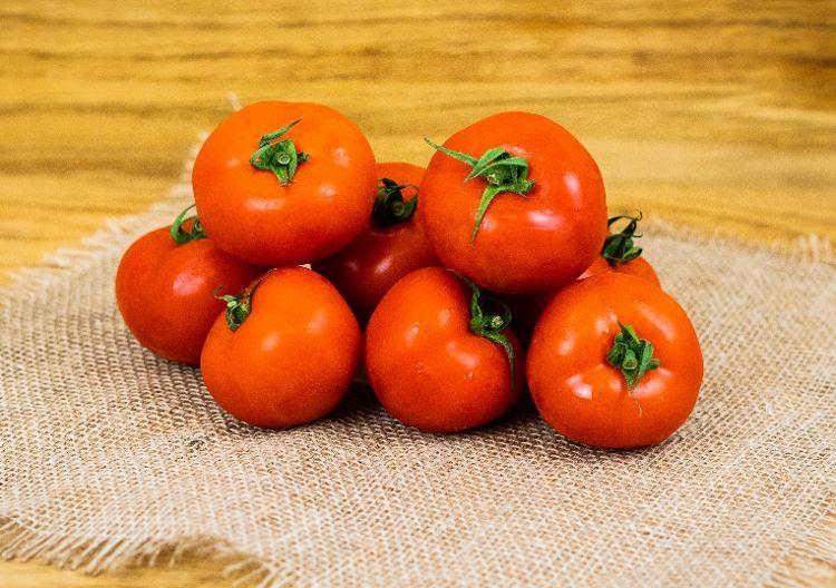 Tomate (BIOLAND Tomaten rot rund)