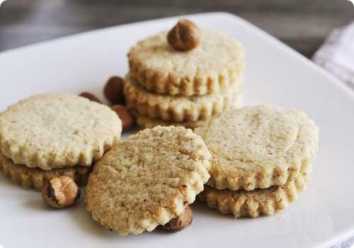 Petits biscuits sablés à la noisette