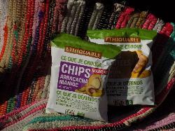 Chips de pomme de terre rouge