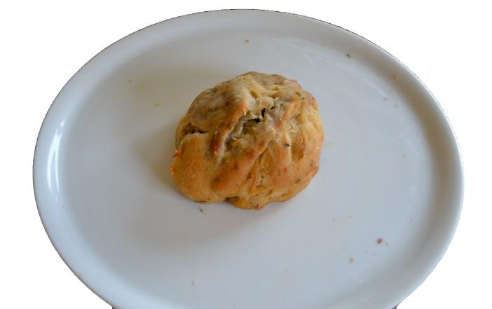 Empanada (confit, noix , emmental)