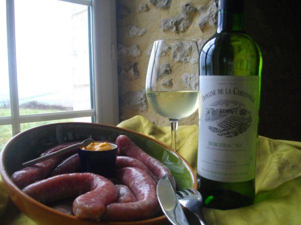 Saucisses de veau au vin blanc *