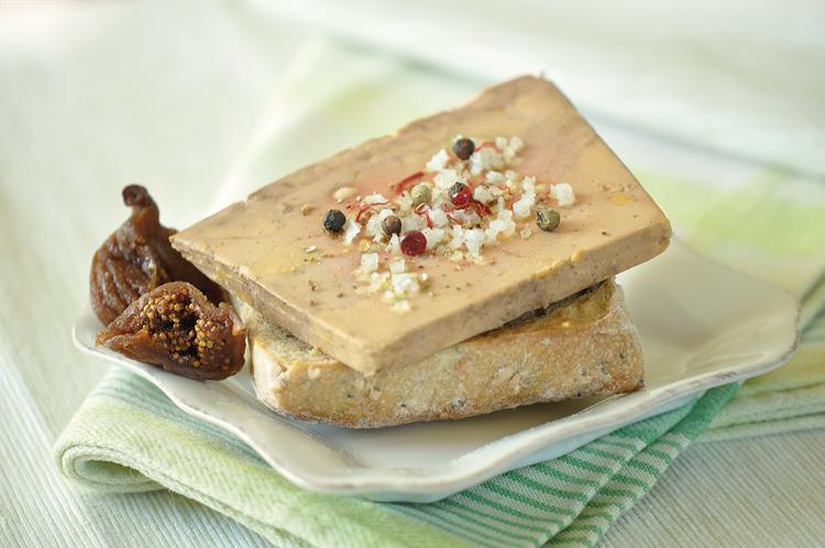 Foie gras entier  mi-cuit  en tranche (55gr à 65gr)