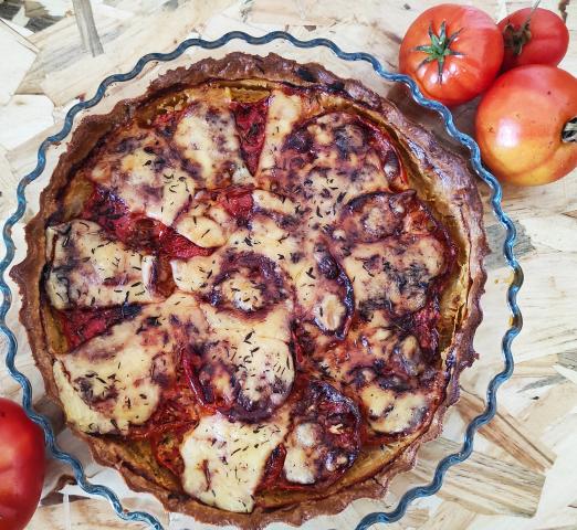 Tarte aux tomates et Cantal AOP