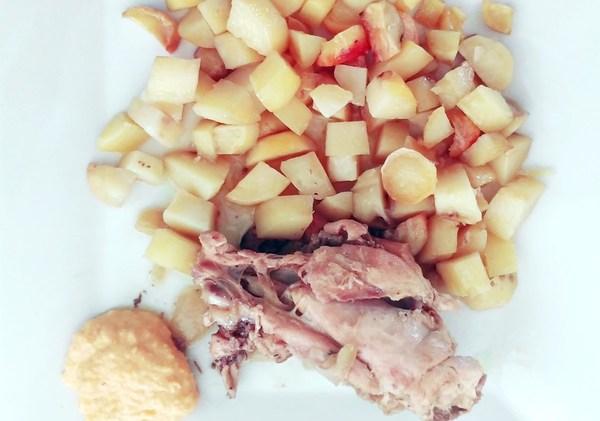 Poulet, pommes de terre et mayonnaise de courge