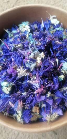 confettis de pétales de fleurs