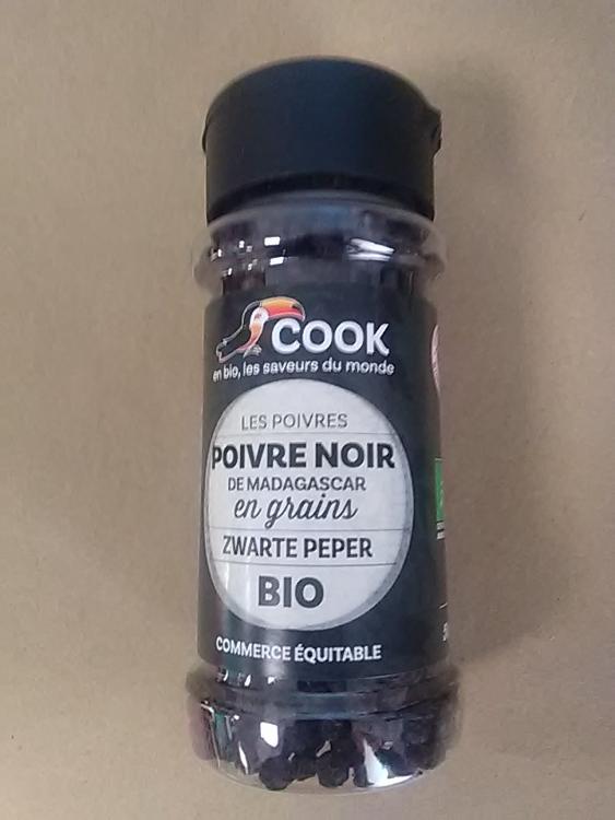 Poivre noir Grains  com.équi. Madagascar / Black pepper in grain