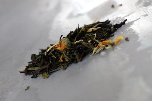 Thé Vert et Noir  L'instant Gourmand (pêche, caramel avec dominance du fruit, parfait en thé glacé) 100g