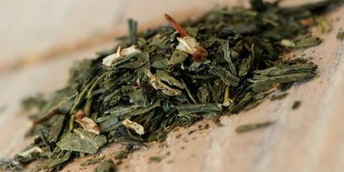 Thé Vert Zadig ou la Destinée (Jasmin, vanille, orange, bergamote, un thé tout en rondeur) 100g