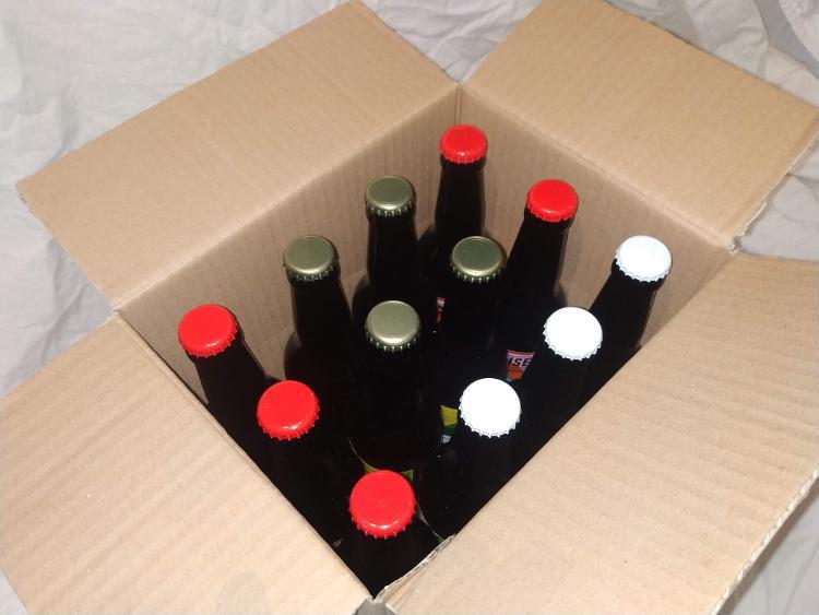 X 12 Bières artisanales de style Irish Red Ale  Degré d'alcool 4°  33 cl