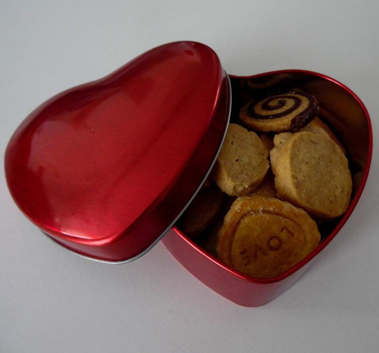 Assortiment De Biscuits En Boîte Coeur