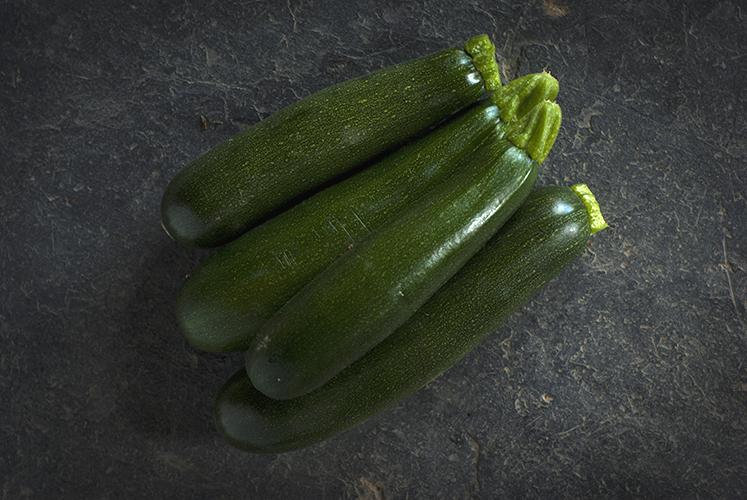 Courgettes longues vertes