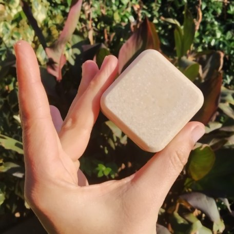 """Shampoing Solide: """"L'ultra doux au miel"""" petit format"""