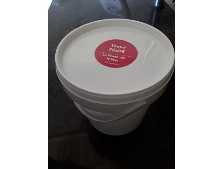 Seau de yaourt au lait de vache FRAISE - 1 kg - La Ferme des Vallées