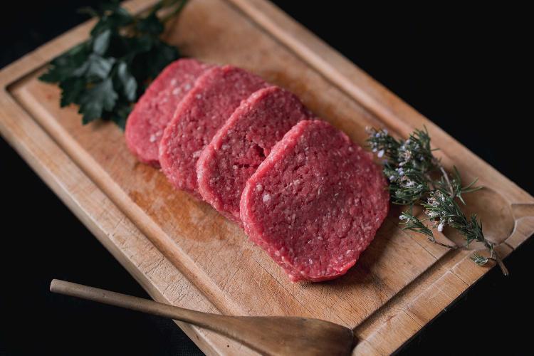 Steaks Hachés  bio  Black Angus - colis 2 kg livraison le 23 septembre 21